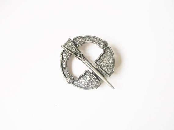 Filigree Miracle brooch: Mid century filigree celtic silver tone, traditional Scottish kilt pin style Victoriana pin brooch, signed Miracle