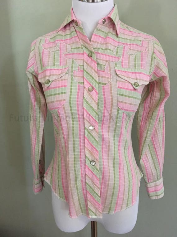 1950s 1960s TEM TEX Fitted Western Cowgirl Shirt Striped Pastel Colors Pockets and Unique Octagon Shape Pearl Snaps-XS S