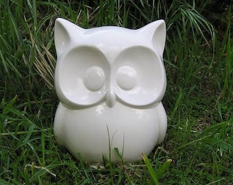 WHOOOOOTIFULLY Cute Glazed Big Eyed Garden Owl Statue