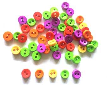 100 pcs Tiny Buttonz micro buttonz 2 holes size 6mm red green purple orange yellow