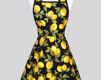 Retro Housewife Apron - Juicy Yellow Lemons on Black Womens Cute Old Fashioned Full Vintage Inspired Kitchen Apron with Pockets
