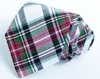 Necktie, Neckties, Mens Necktie, Neck Tie, Plaid Neckties, Groomsmen Necktie, Ties, Wedding Neckties, Holiday Ties - Red, Green, Black Plaid