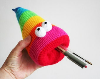 Rainbow desk worm