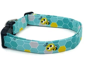 Bees on Teal Honeycomb Dog Collar