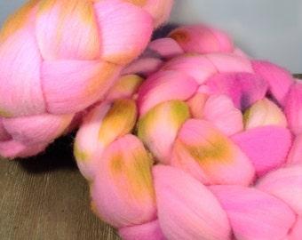 Hand Dyed Merino Roving - Pinky Pop - Merino Spinning Wool - Merino Felting Wool - 4 ounces Hand Dyed Top