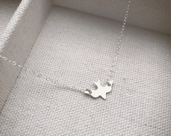 SALE - Sterling Silver Sparrow Necklace - Silver Bird Necklace - Minimalist Jewelry - Dainty little silver bird - Gift - The Lovely Raindrop