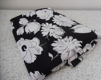 black and white delight...vintage cotton yardage