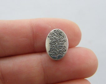 8 Leaves spacer beads antique silver tone L183