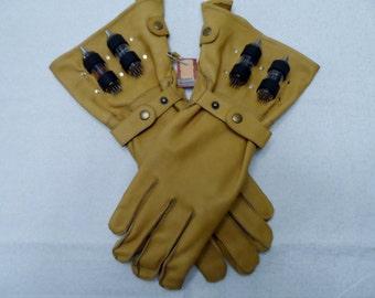 Voltage Gloves - Tan Medium