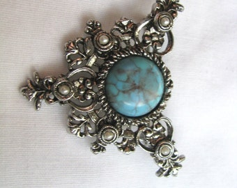 Vintage silver tone faux turquoise brooch pin  Heritage by Sarah Coventry.