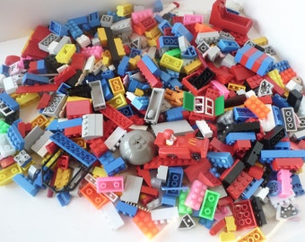 Clearance - Legos Lot 550 Plus Pieces Mixed Building Cars Figures Oddities with Carrier Box
