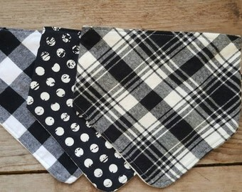 Bandana Baby Bib Set - Black and White Bib Set - Baby Boy Gift - Baby Shower gift - Plaid Baby Bib - Bamboo Bib - Bibdana Baby Bib - Maine