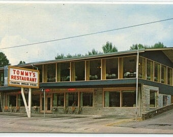 Tommy's Restaurant Gatlinburg Tennessee postcard