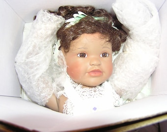 Ashton Drake Magical Moments of Summer doll , Whitney  1995 limited edition, removed from box for photo's