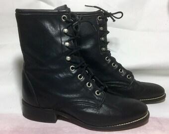Vintage classic black Laredo lace up ankle boots size 6.5 / 7
