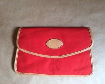 WEEKEND SALE! vintage 1980's blood orange canvas clutch / purse / handbag / vinyl accent / snap closure / retro mod nautical