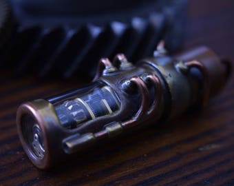 Motorized USB 3.0 flash drive with moving gears and glowing interior. 64 GIG. Brass, copper and glass. Waterproof. steampunk
