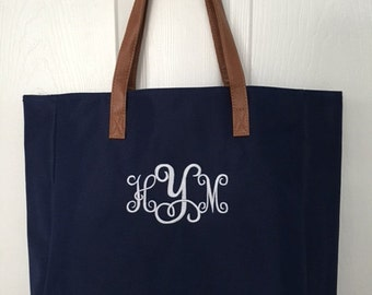 Personalized tote bag/ bridesmaids tote/ wedding tote/ monogrammed tote bag/ beach bag/ teacher bag/ diaper bag