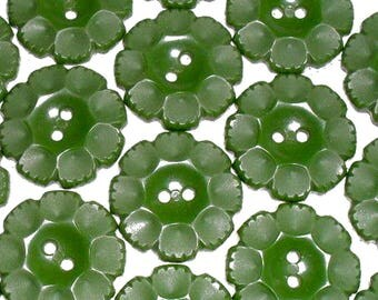 Green Flower Buttons - Vintage Molded Plastic Flower Buttons - 1950's Sewing Buttons -  Loden Green Craft Buttons - B121 - 6 Buttons