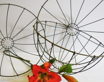 Vintage Wall Clock Mid Century Retro 26 Inch Wire By