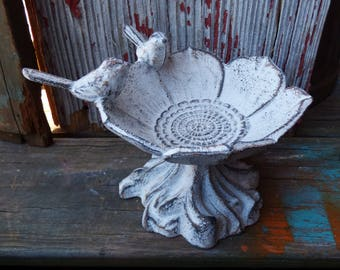 Cast iron bird feeder birdbath flower w/ birds Jewelry dish display whitewash farmhouse Cottage shabby garden