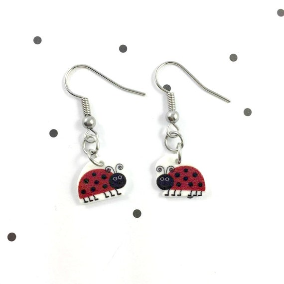 lady bug, black and red, black dot, two colors earring, pendent, earring,  plastic, stainless hook, handmade, les perles rares