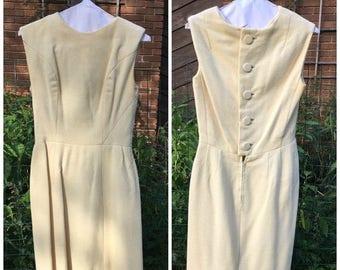 MaySale Vintage 60s Dress / White Wool Wiggle Dress / Marshall Field England / Little White Dress / LWD