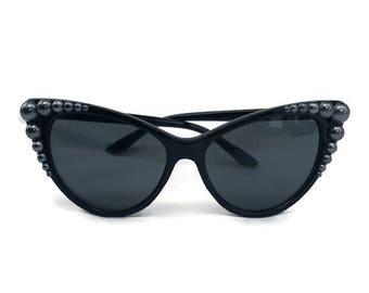 Black Cat Eye Sunglasses with Gunmetal Gray Pearls, Embellished sunglasses, Retro Sunglasses, 50s Sunglasses, Cateye Sunglasses