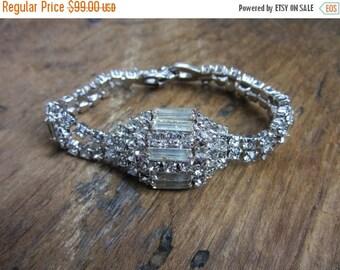 On Sale 1960s Weiss Rhinestone Bracelet/ Clear Round Baugettes Rhinestones Shimmering