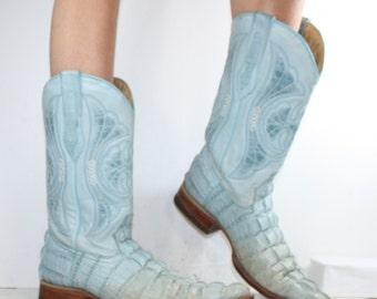 Vintage cowboy cowgirl low heel knee high tall western blue crocodile Leather fashion boots 9.5 womens