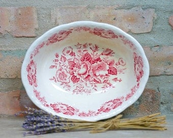 Red Transferware bowl Meakin floral transferware from England
