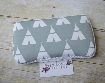 READY TO SHIP White TeePees on Light Gray Travel Baby Wipe Case, Personalized Wipecase, Baby Shower Gift, Tipi Diaper Wipe Case, Wipe Holder
