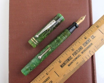 Marbled Jade Green Fountain Pen - Large Ritrie, AS IS