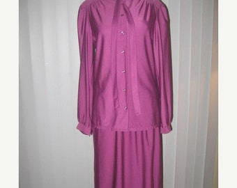 75% Off Sale Judy Bond Vintage 2Pc Nylon Skirt and Blouse Set  Sz 10