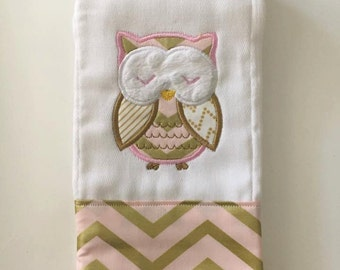 Embroidered Applique girls owl burp cloth - personalized, baby shower, gift