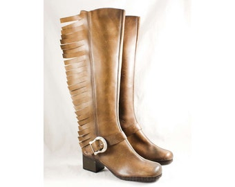 Size 5 Tan Western Boots - Unworn 1960s Deadstock - Country Rock Star Style Boot - Rockabilly Brown Leather with Big Fringe - 47713