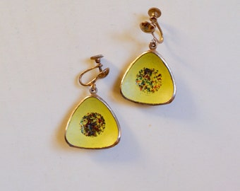 1950s Yellow enamel atomic dangle earrings / 50s mid century triangular drop screw back earrings