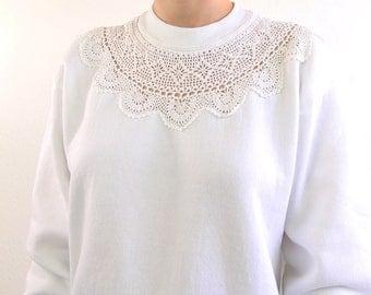 VINTAGE White Sweatshirt Crochet Neckline 1980s Womens