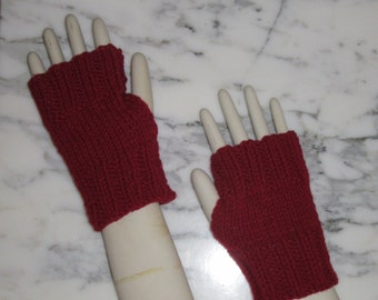 Fingerless Gloves, Hand Knitted in Burgundy