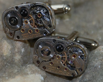 Beautiful Pair of 17 Jewels Steampunk Rectangle Longines Watch Movement Cuff links CL 52