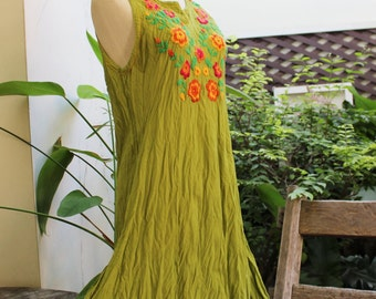 Sleeveless Bohemian Embroidered Tunic - Apple Green