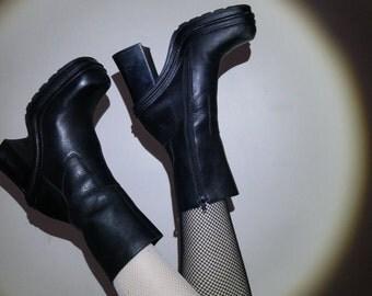 90s black leather platform grunge boot size 7.5