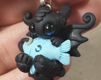 Toothless Dragon with a tasty fish Necklace