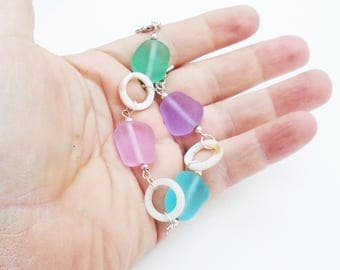 Pastel Sea Glass bracelet with mother of pearl