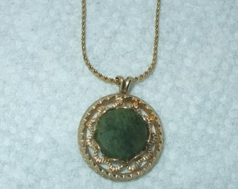 Jade Green and Gold Filled Filigree Necklace Pendant Vintage GF With Gold Tone Chain