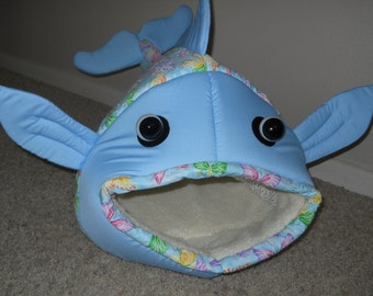 Fish Shaped Cat Bed Dog Bed Spring Butterflies Blue