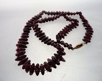 Vintage Oblong Garnet Bead 14K Clasp Choker Necklace Red Purple Garnet Stones