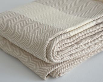 NEW / SALE 30 OFF/ Herringbone Blanket / Beige / Double Size / Bedcover, Beach blanket, Sofa throw, Traditional, Tablecloth
