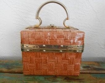 Vintage 1960s FLEURETTE of MIAMI woven basket box purse