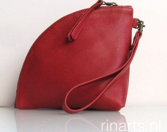 Leather clutch / leather zipper pouch /  leather wristlet / Q-bag clutch in deep red full grain Italian leather.